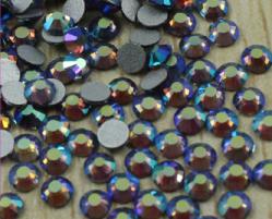 Стразы стекло Violet AB SS6/2мм в баночке 20шт